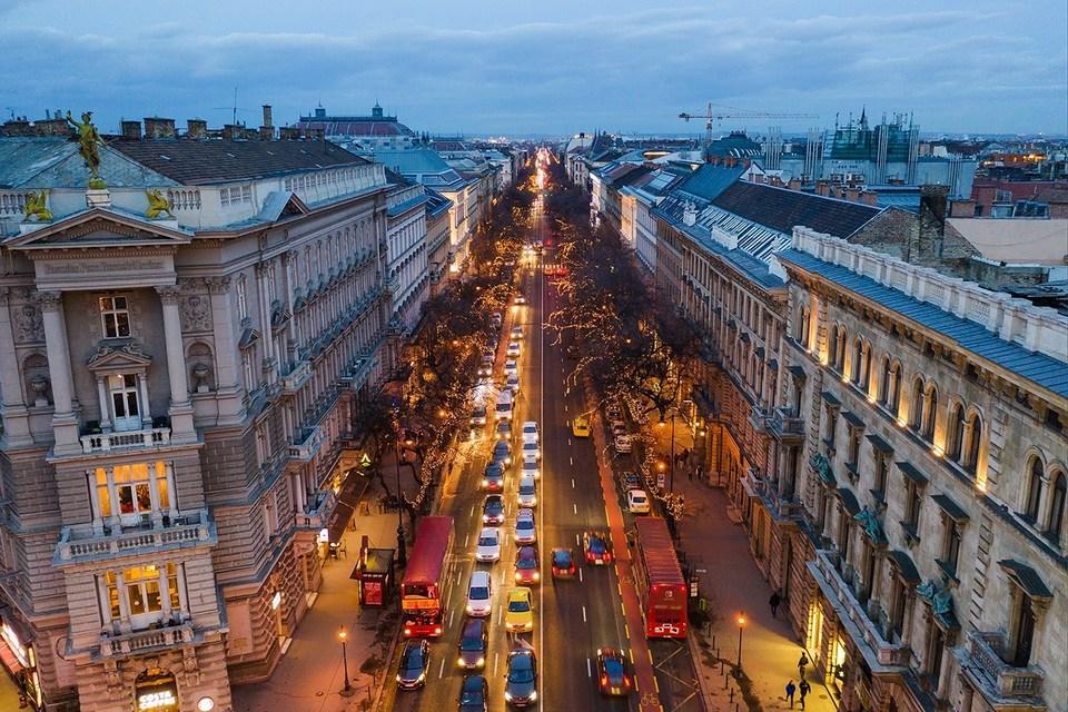 búvóhely, andrássy, opera, budapest, belváros, kiadó, szoba